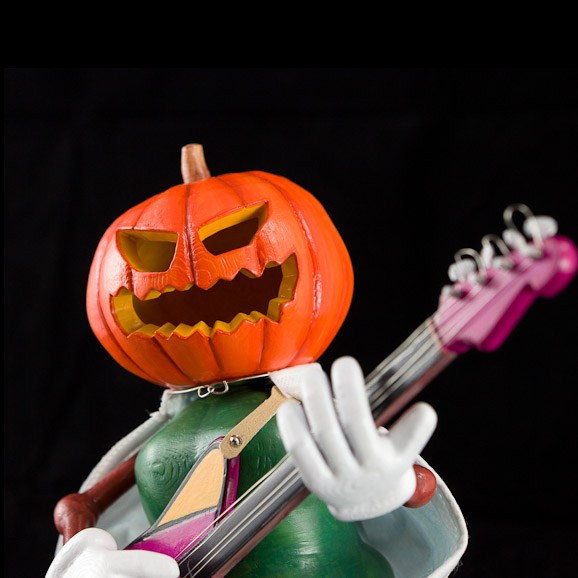 Mr. Pumpkinhead : make your own adorable figure with 3D printer