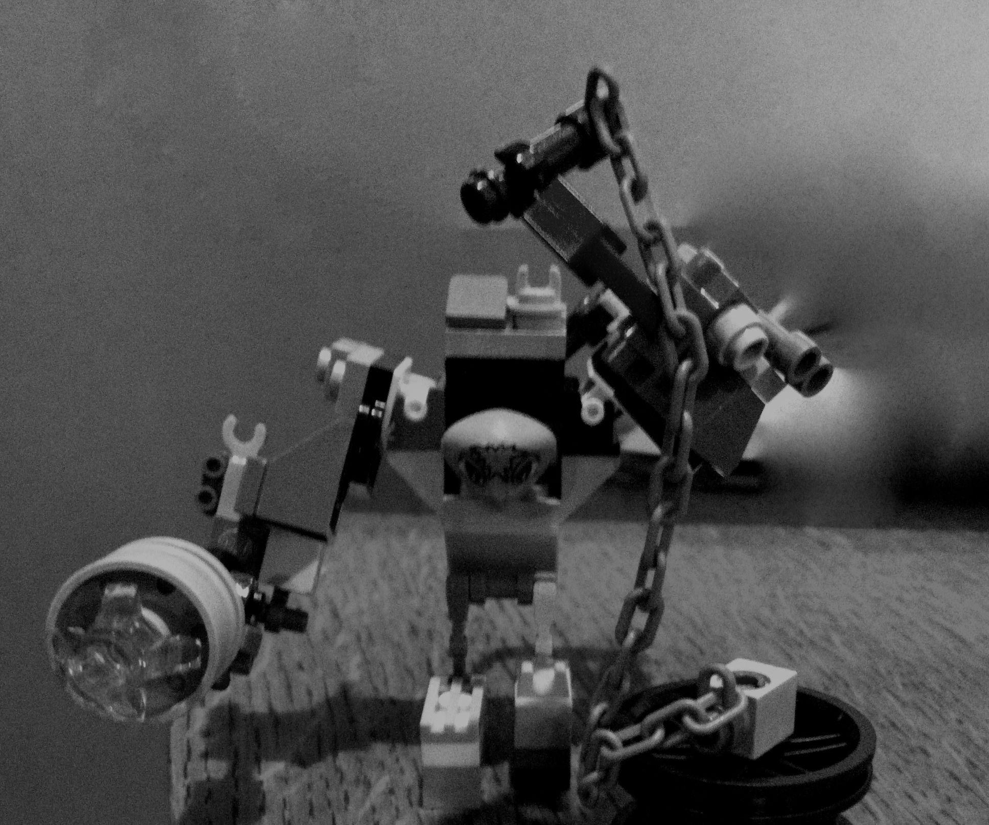alien junk bot cyborg mech