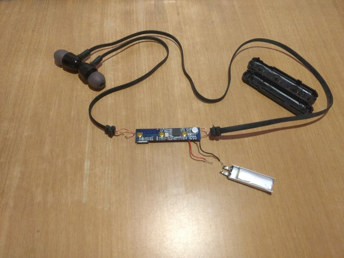 Disassemble Bluetooth Headset and Identify the Power and Audio Connections