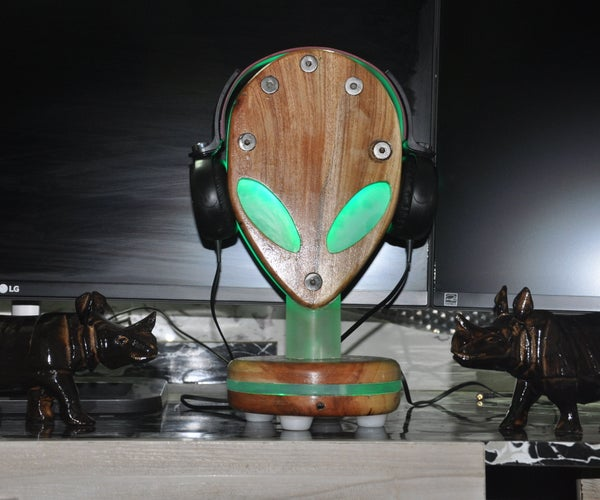 Head Phone Stand Build
