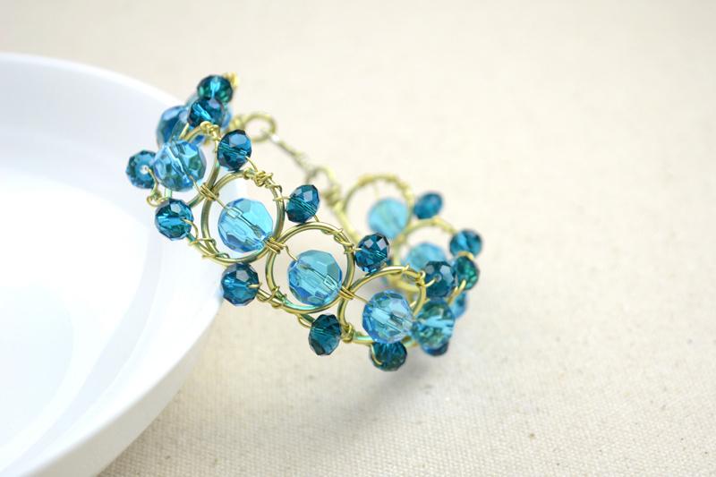 Wire bracelets diy-a personalized jewelry for friends