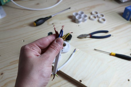 Wiring the Light Fittings