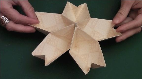 How to Make the Origami Kusudama Cherry Blossom Flower