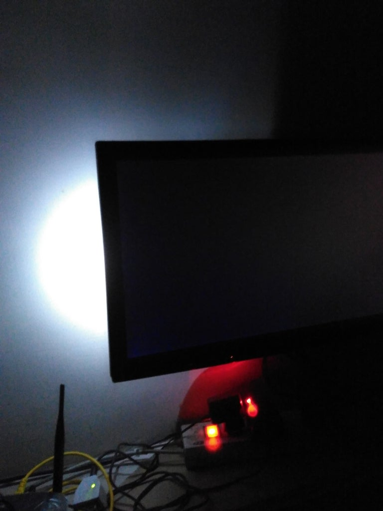 Can Be Used As Laptop Flash and Backlit of Lcd