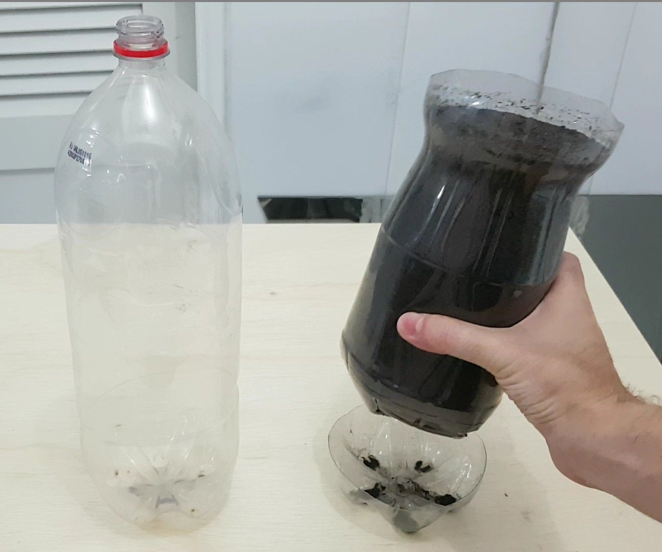 Vase + Plate for Plants + Sealing Glass Bottle Cap From One Only PET Bottle