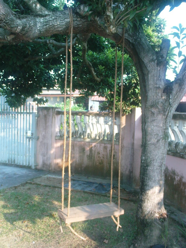 How to DIY a Simple Tree Swing