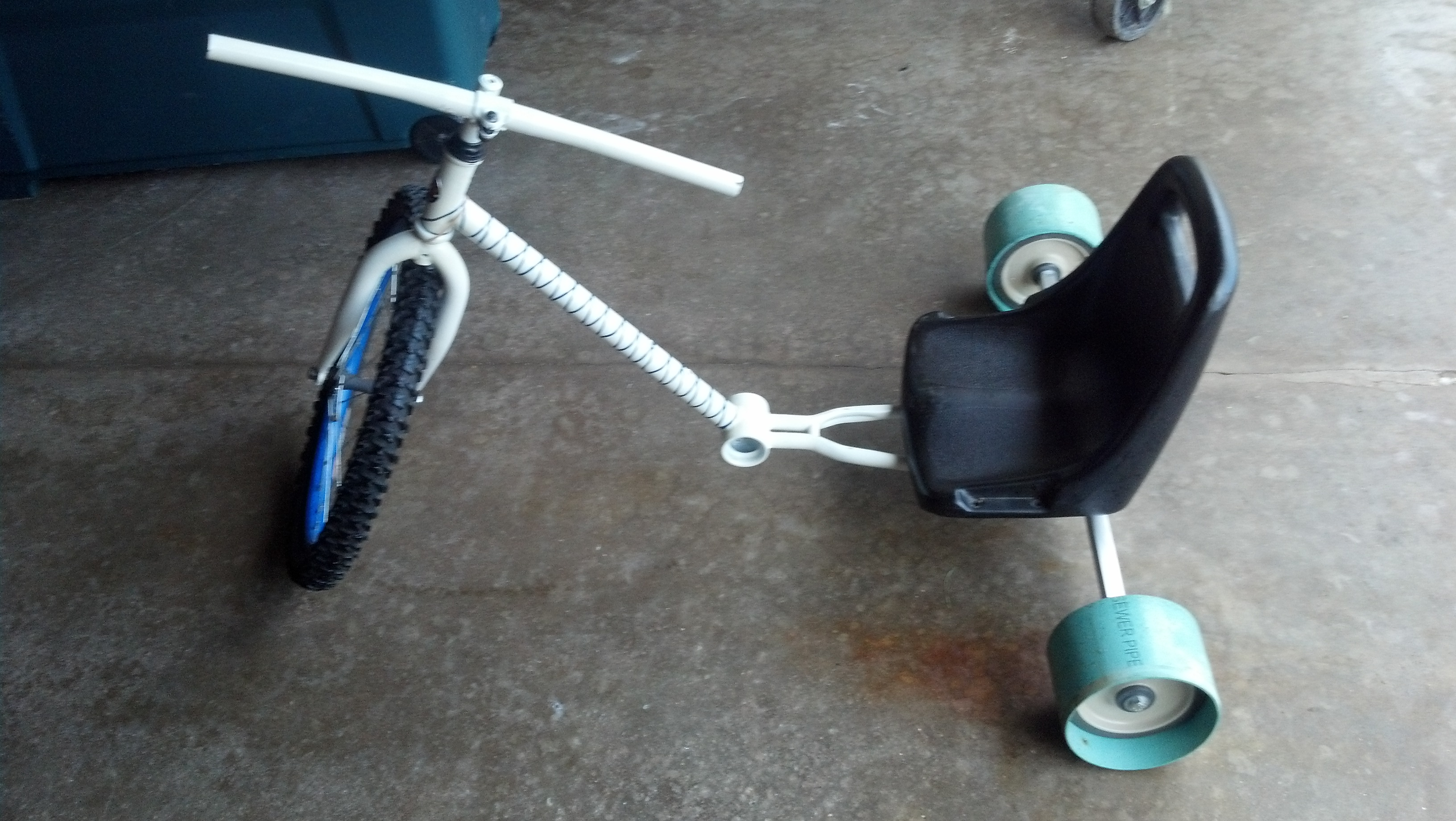 Best Easiest And Cheapest No Weld Drift Trike 6 Steps With Pictures Instructables