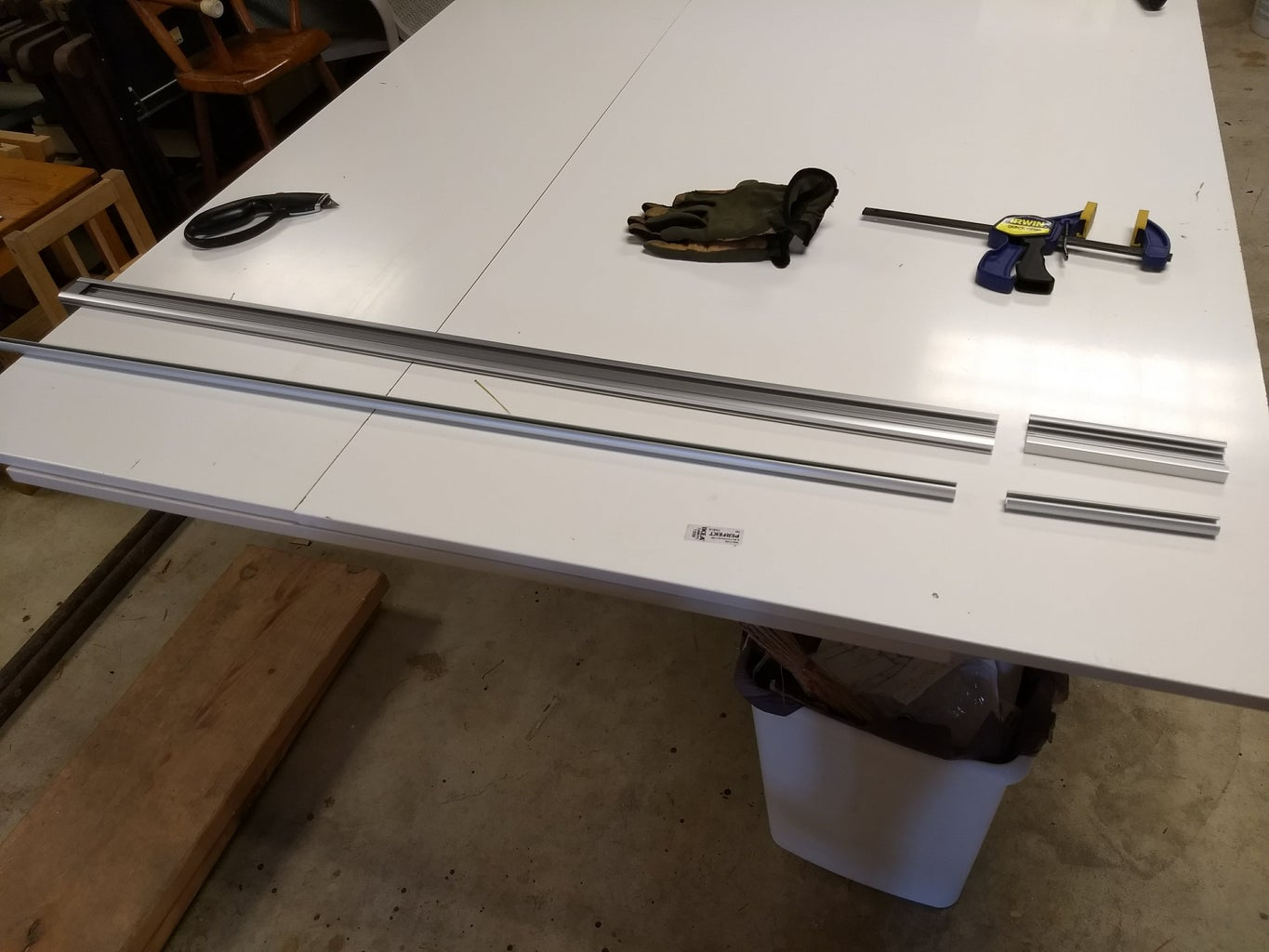 Trim the Top Bar and the Pull-down Bar.
