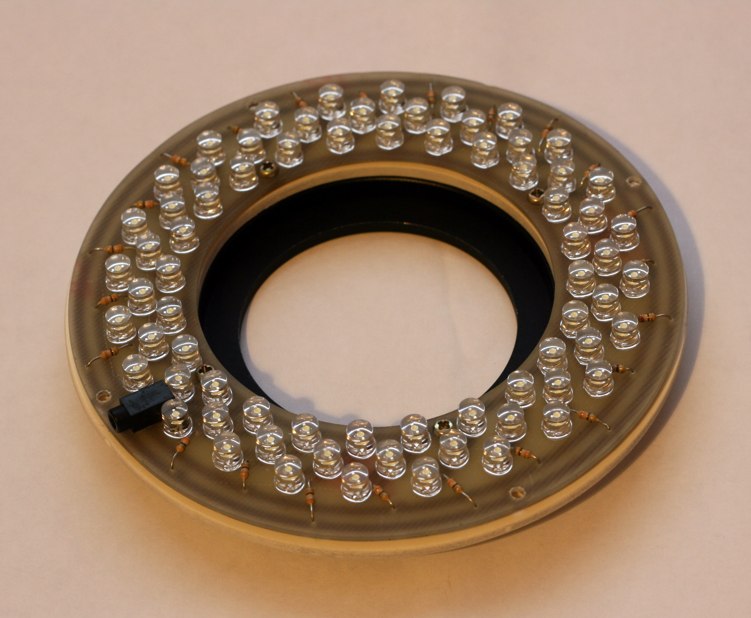 DIY 72 LED macro ring