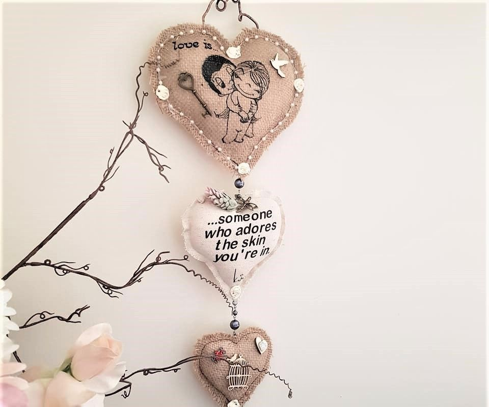 Burlap Valentines Wall Hanging
