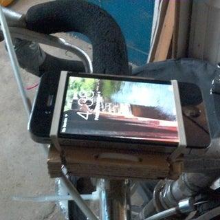 Simple Smartphone Bike Mount
