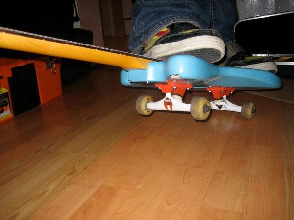 The Skateboard Guitar (Skatar)