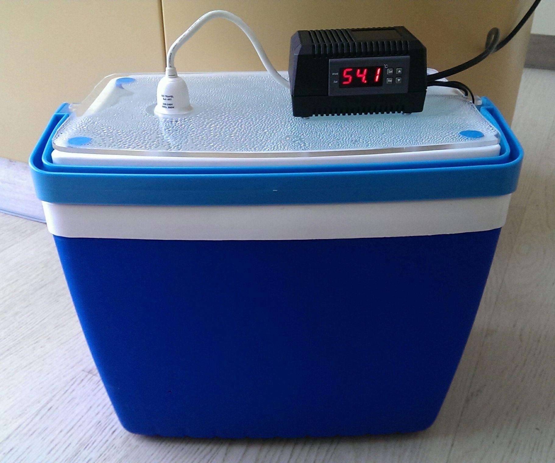 Sous-vide cooker / yoghurt incubator