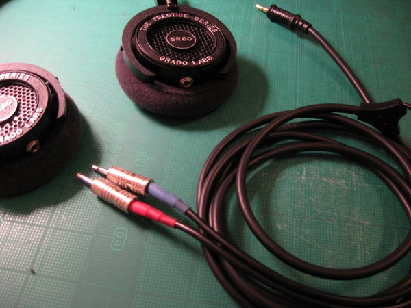 Make Your Headphone Cable Removable