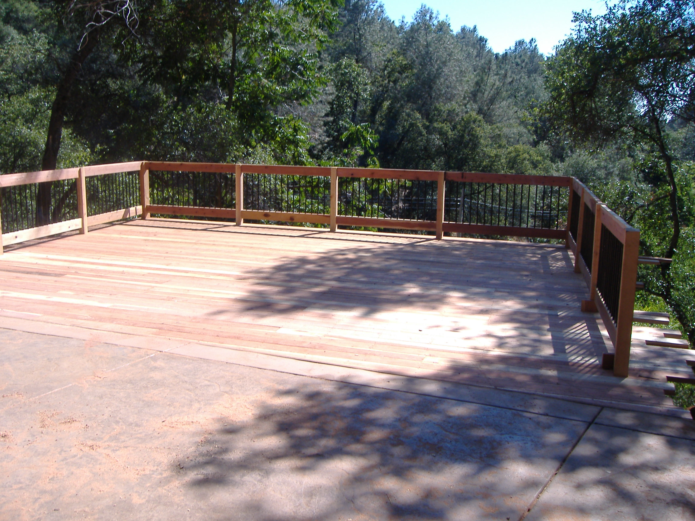 Building a 24' x 20' deck on steep slope