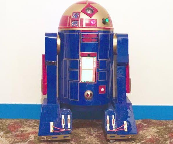 Astromech Droid Based on R2-D2