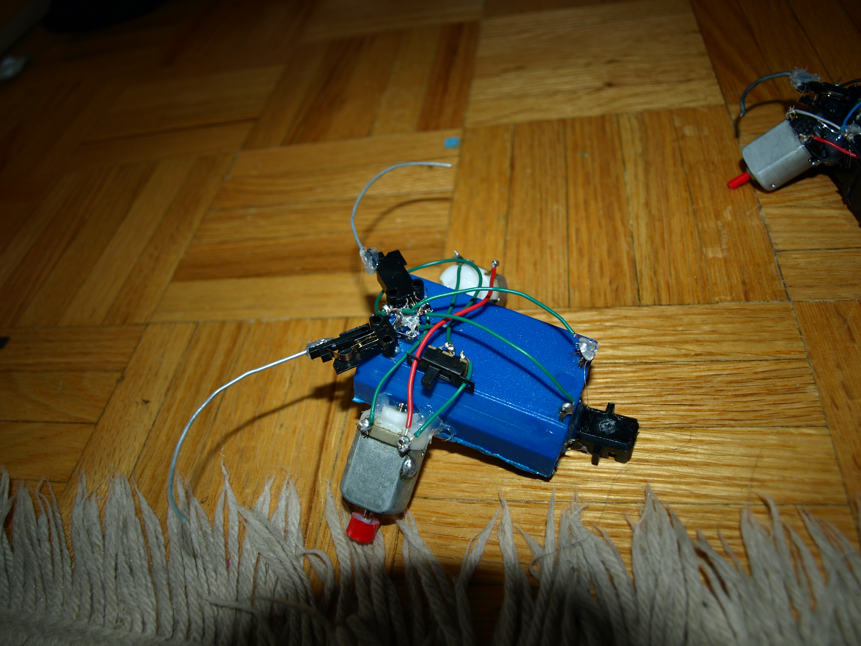 how to make a very simple robot
