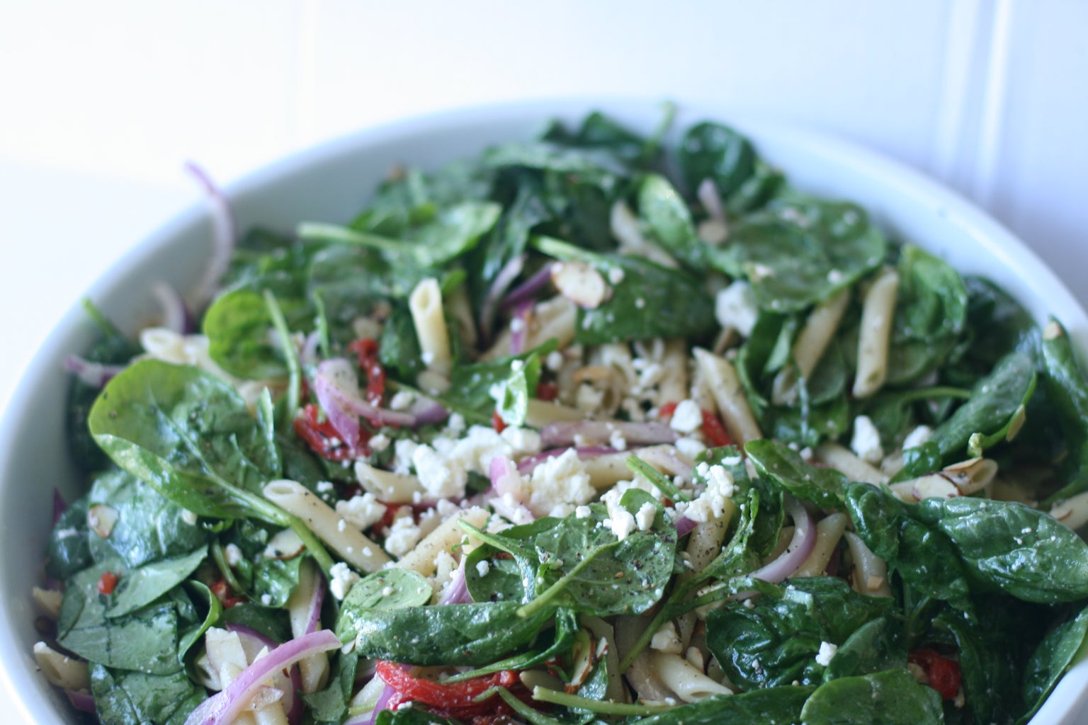 Spinach, Feta, Roasted Bell Peppers Pasta Salad