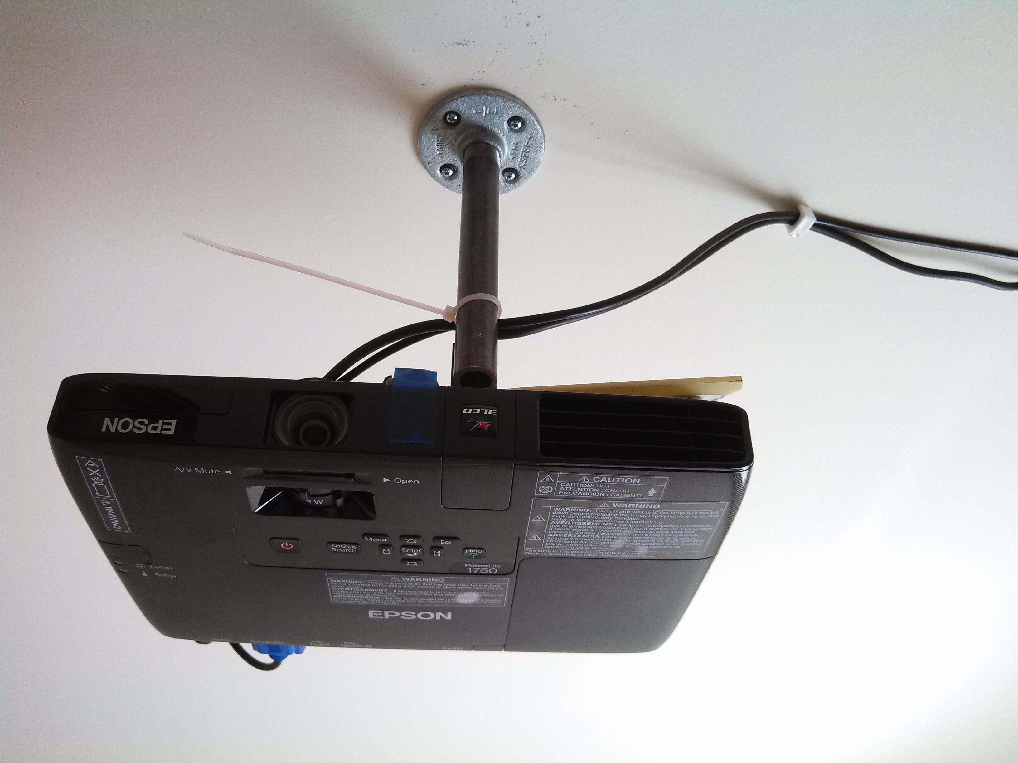 DIY Low Cost Porjector Ceiling Mount