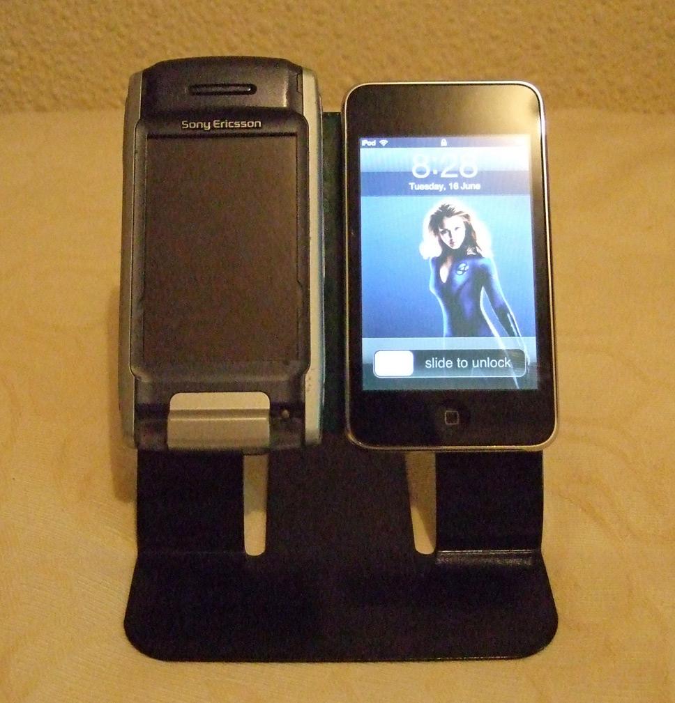 Non-slip iPod/phone stand