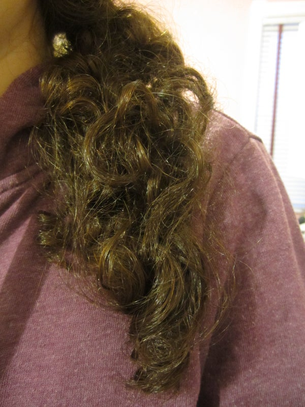 Natural Oil Treatment for Hair to Make It Shinier and Softer
