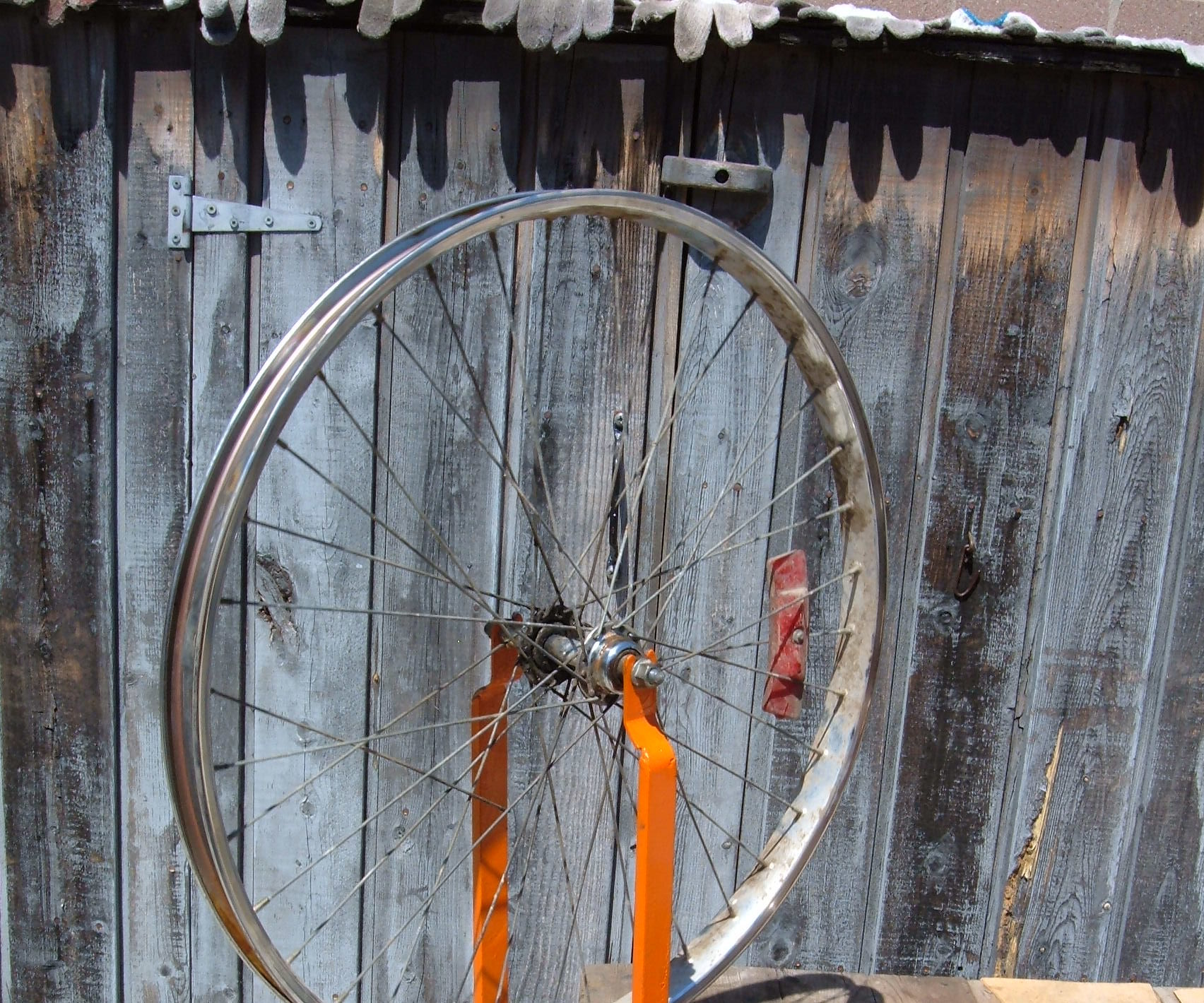 Simple DIY Bicycle Wheel Truing Stand