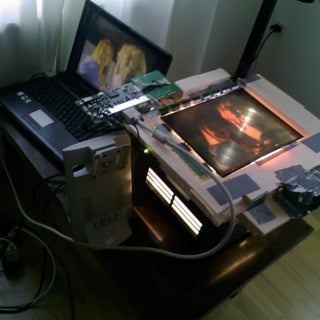 How to Use an Overhead Projector As a Computer Monitor