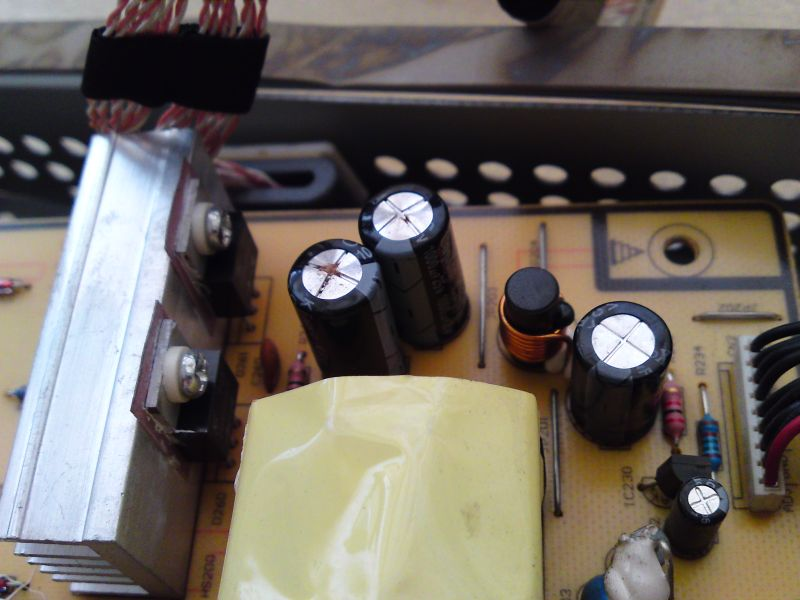 Repairing LCD monitor: how NOT to become planned obsolescence victim