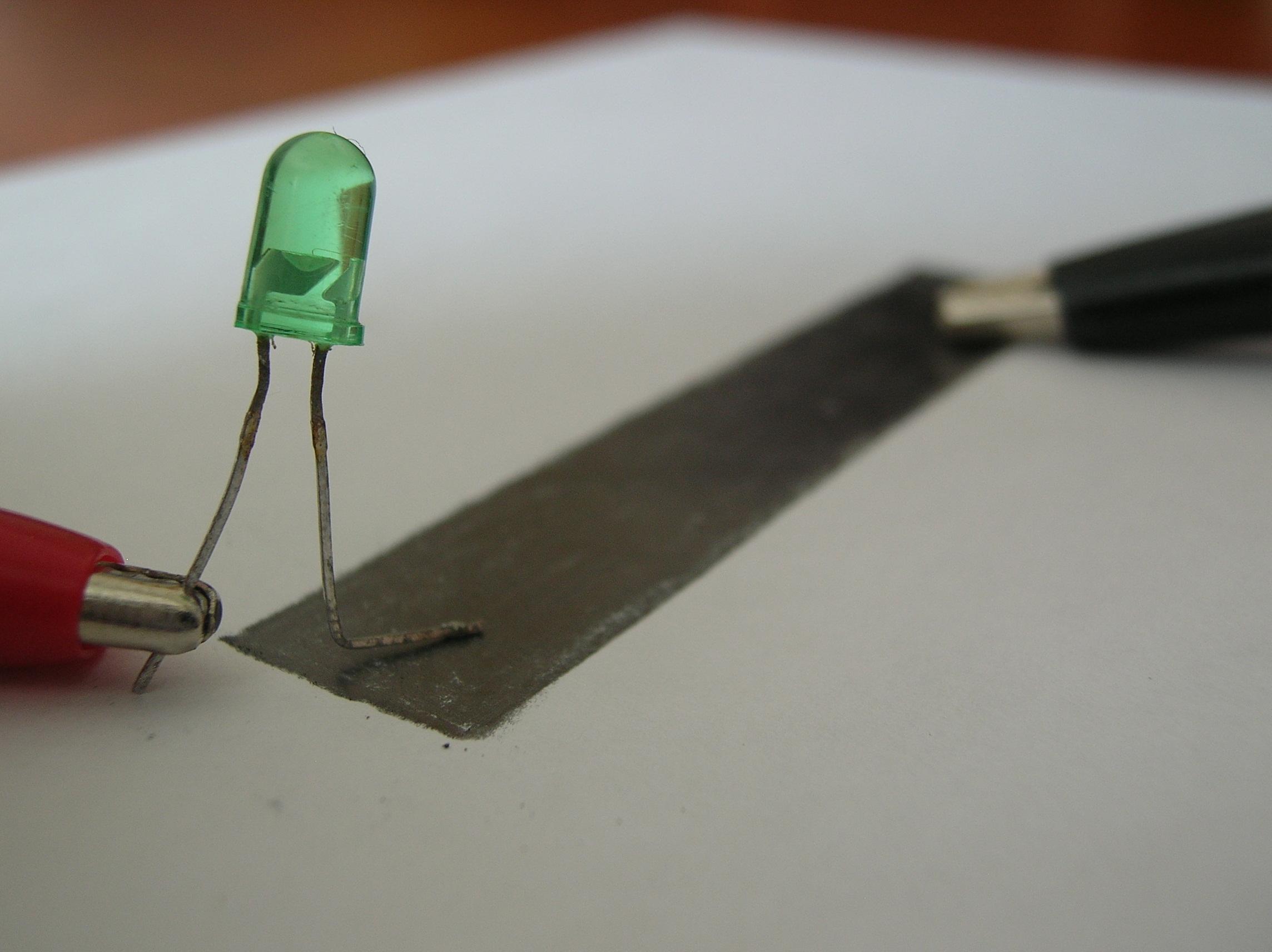 Make a Pencil's Lead Potentiometer (Experimentations)