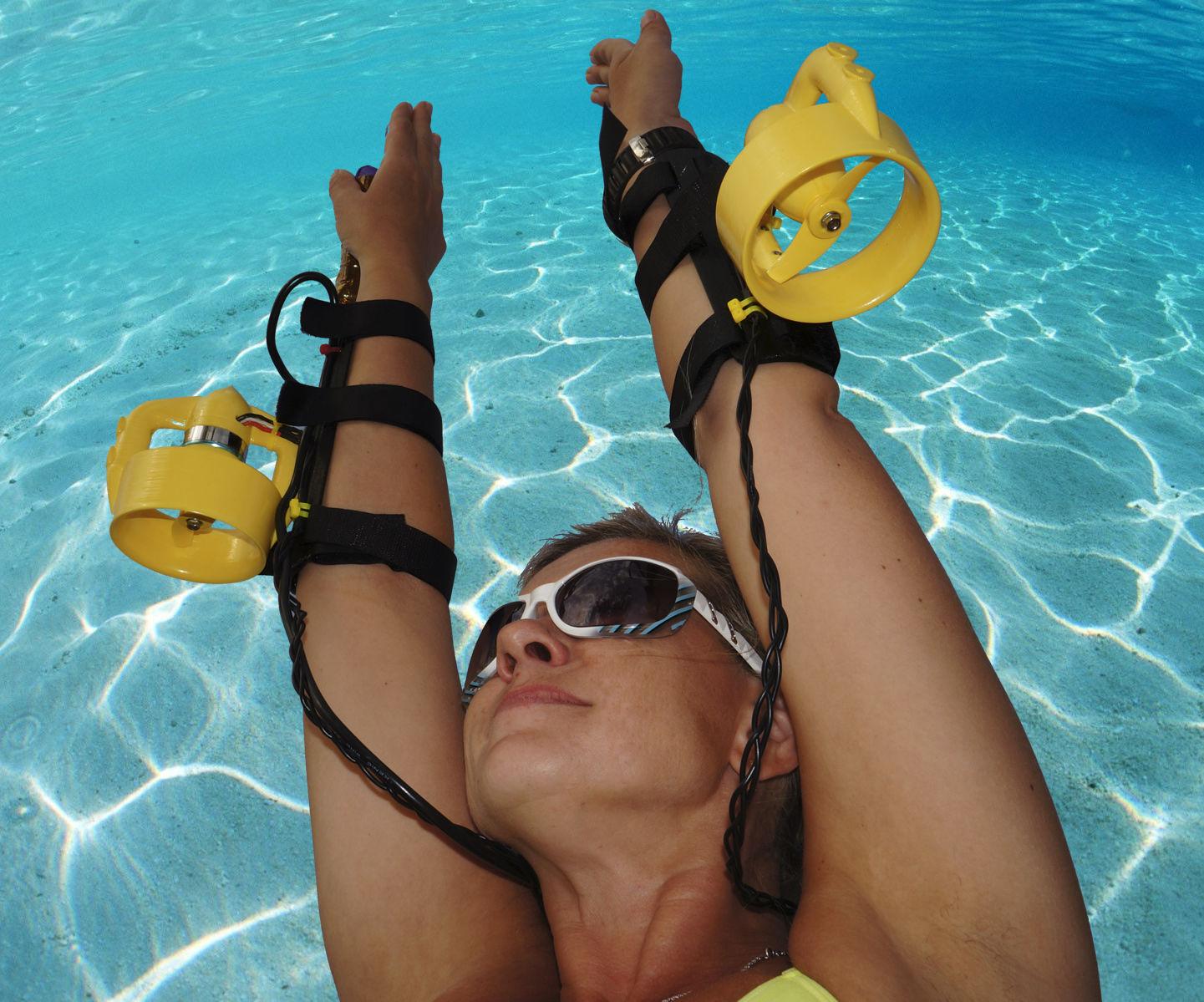 Underwater Wrist Thruster 1.85 Mph!