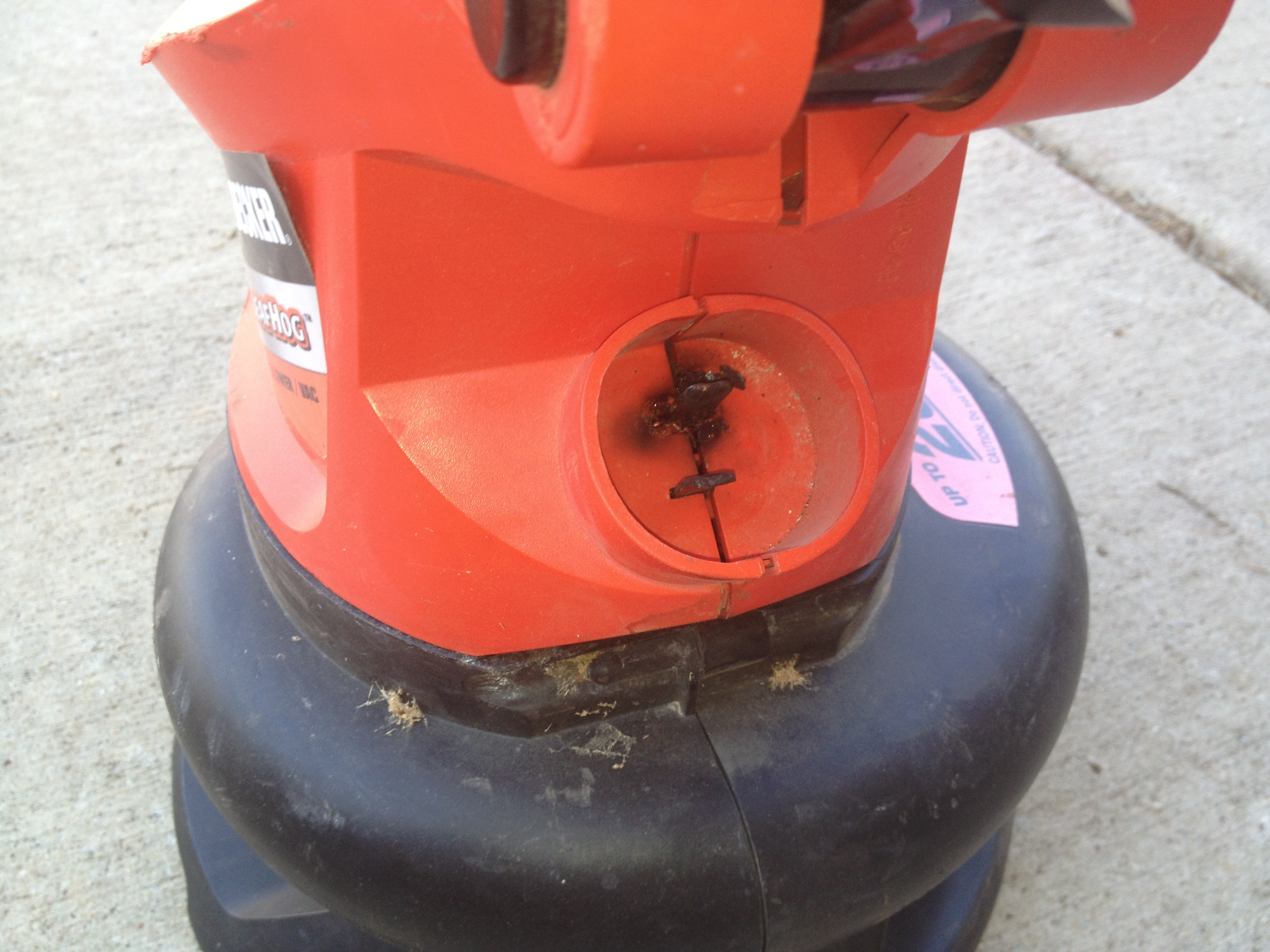 Rigging an electric leaf blower cord, that almost caught on fire and killed me
