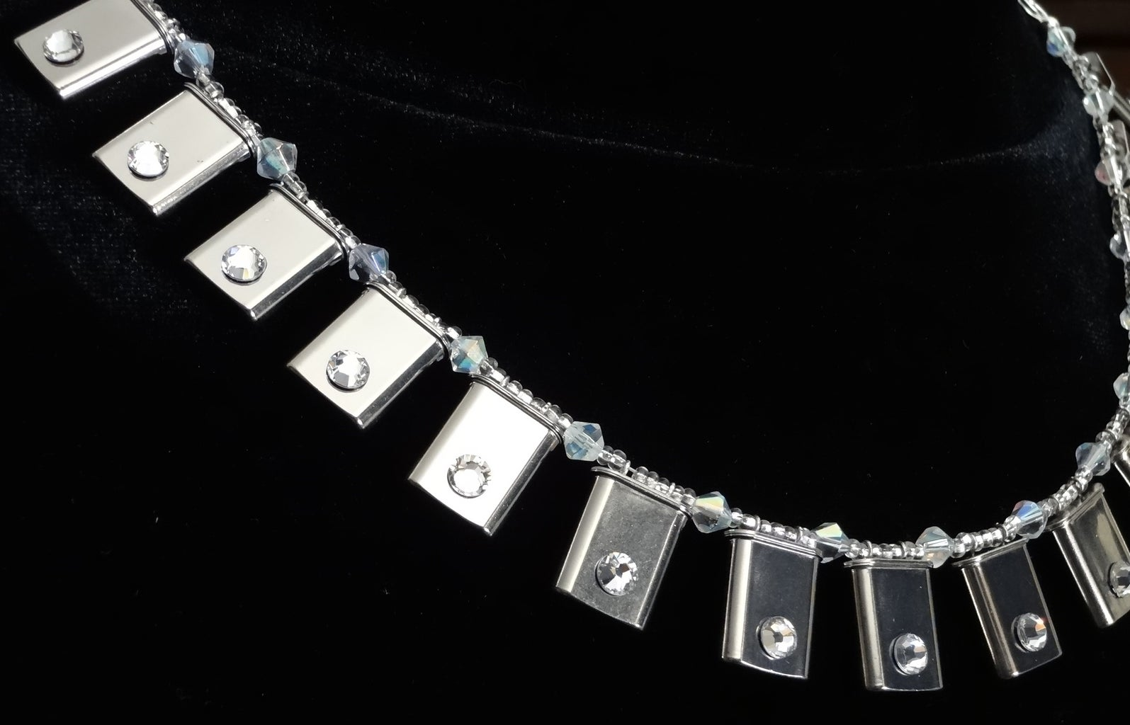 24.5760 Mhz Crystal Necklace With Rhinestones