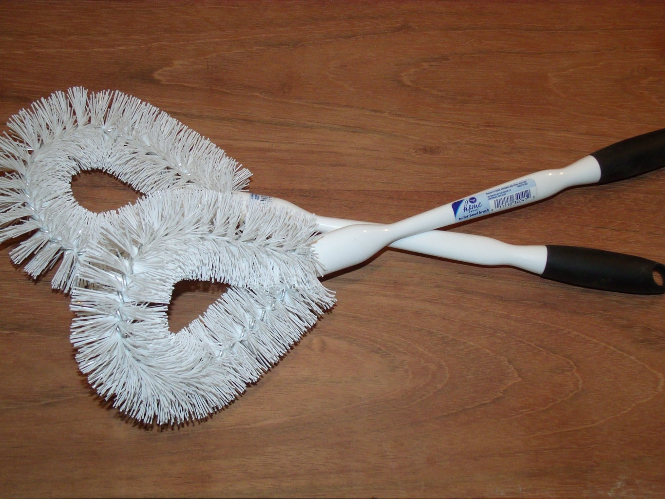 Disassemble the Toilet Brushes