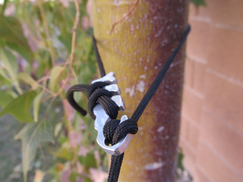 Fish Bone - Knotless Gear Tie