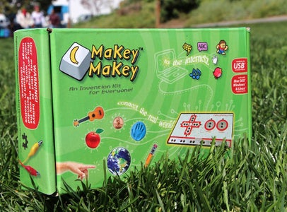 Playing Pacman Using Makey Makey