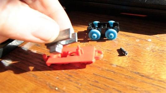 Take Apart the Thomas Minis
