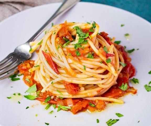Quick and Healthy Fresh Tomato Spaghetti