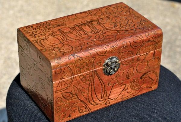 Old Fashioned Recipe Box