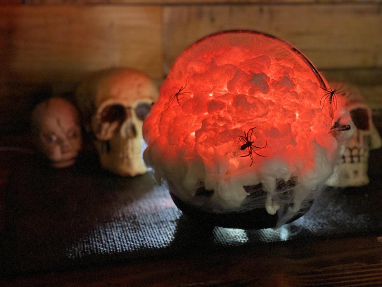 Cheap and Easy DIY Halloween Cauldron