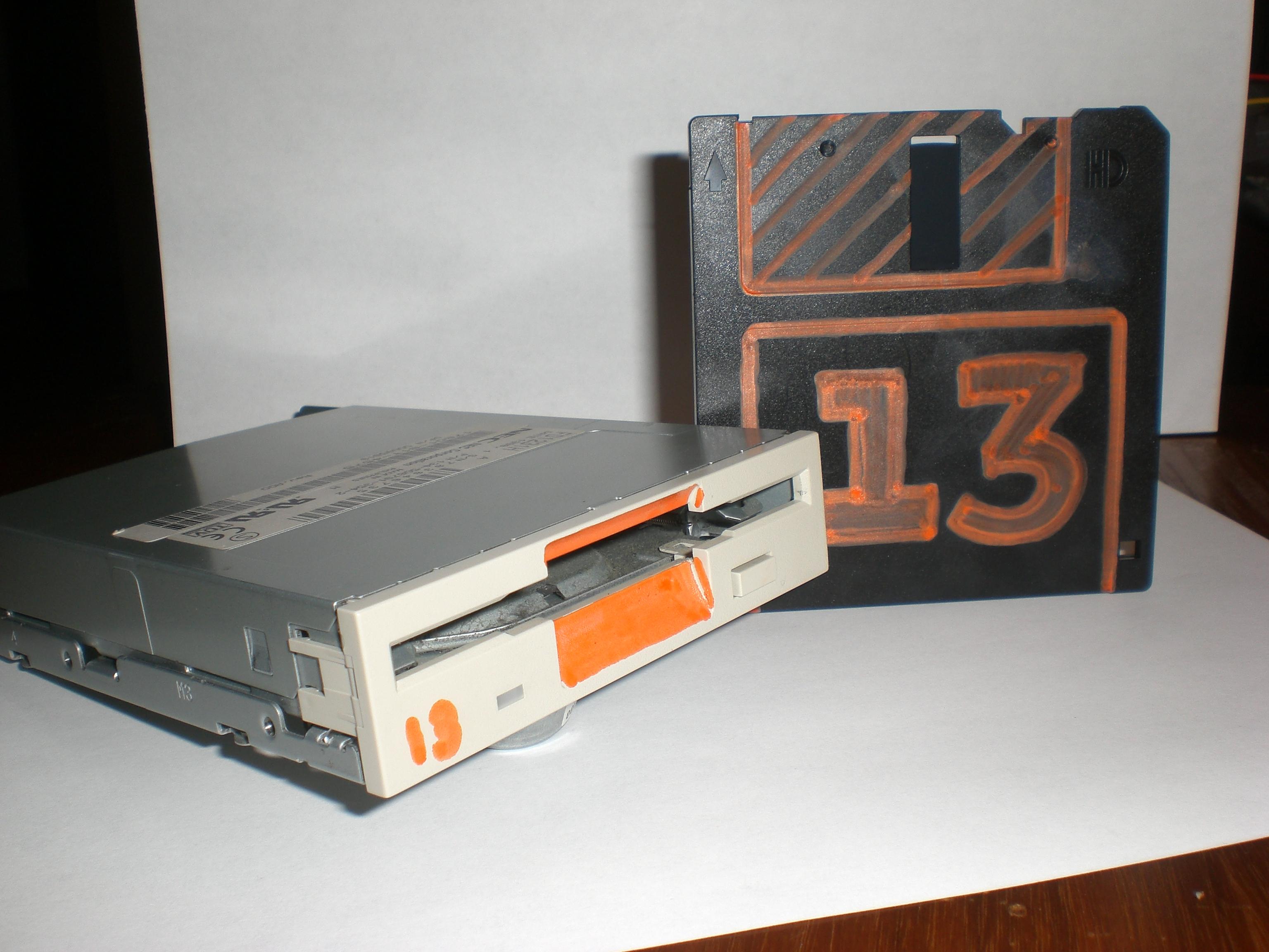 Floppy Disc Racing!