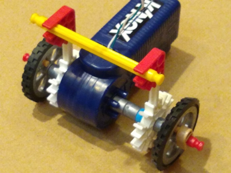 K'nex Motor and Wheel Assembly