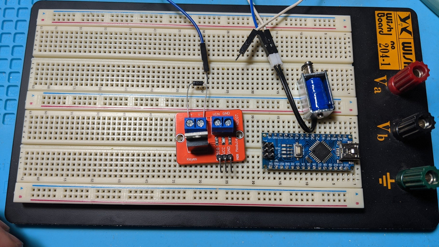 Add the UF4007 Diode