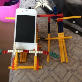 Knex Mecha IPhone / IPod Touch Stand