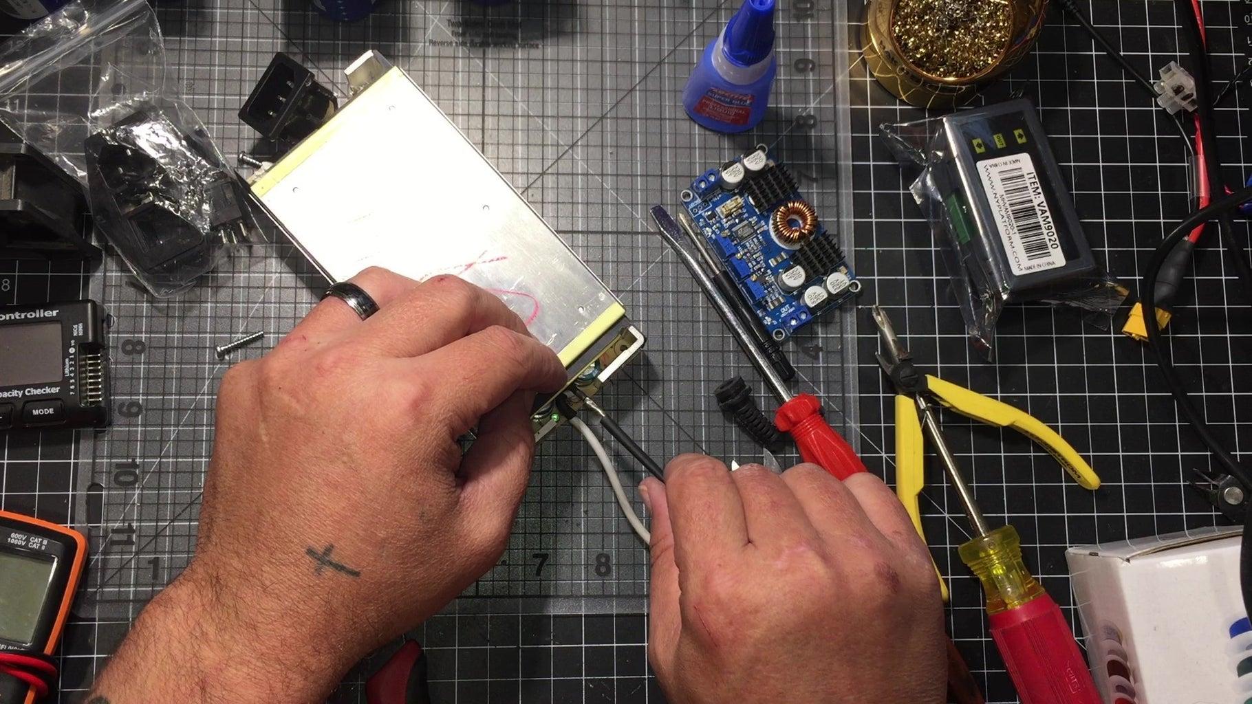 Prep the 19V 9.5 Amp Power Supply
