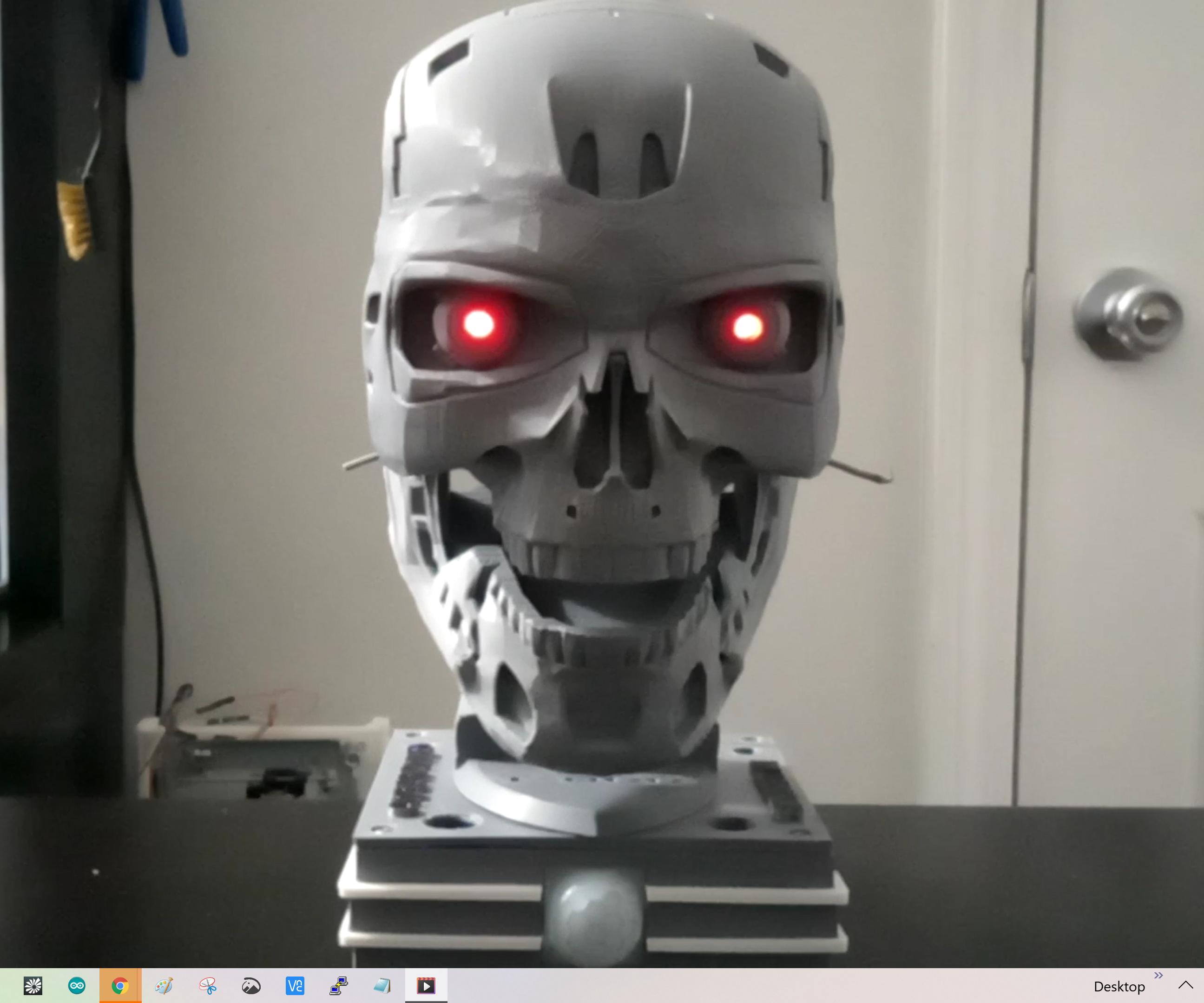 The Glowing Eyes Terminator T-800 Exo-skull