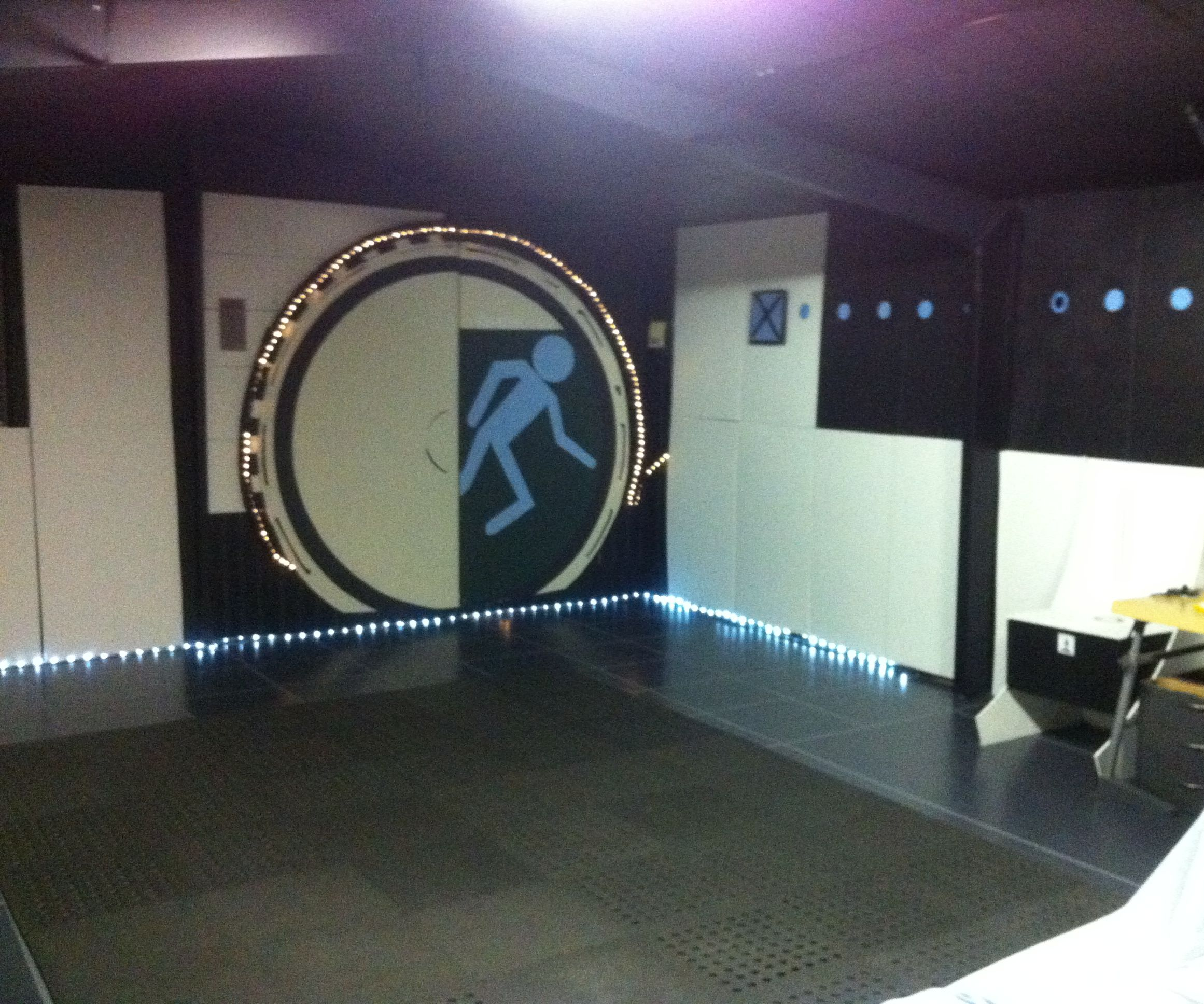 Portal 2 themed Virtual reality room