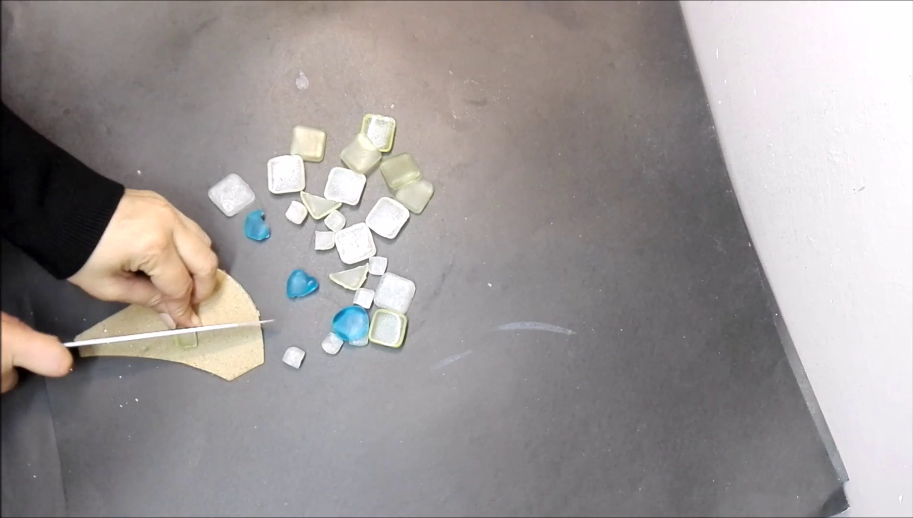 Making of Sea Glass With Resin