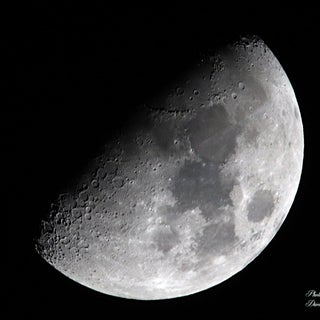 Moon Photography Guide for Beginners (using an Entry-level Camera and Kit Lens)