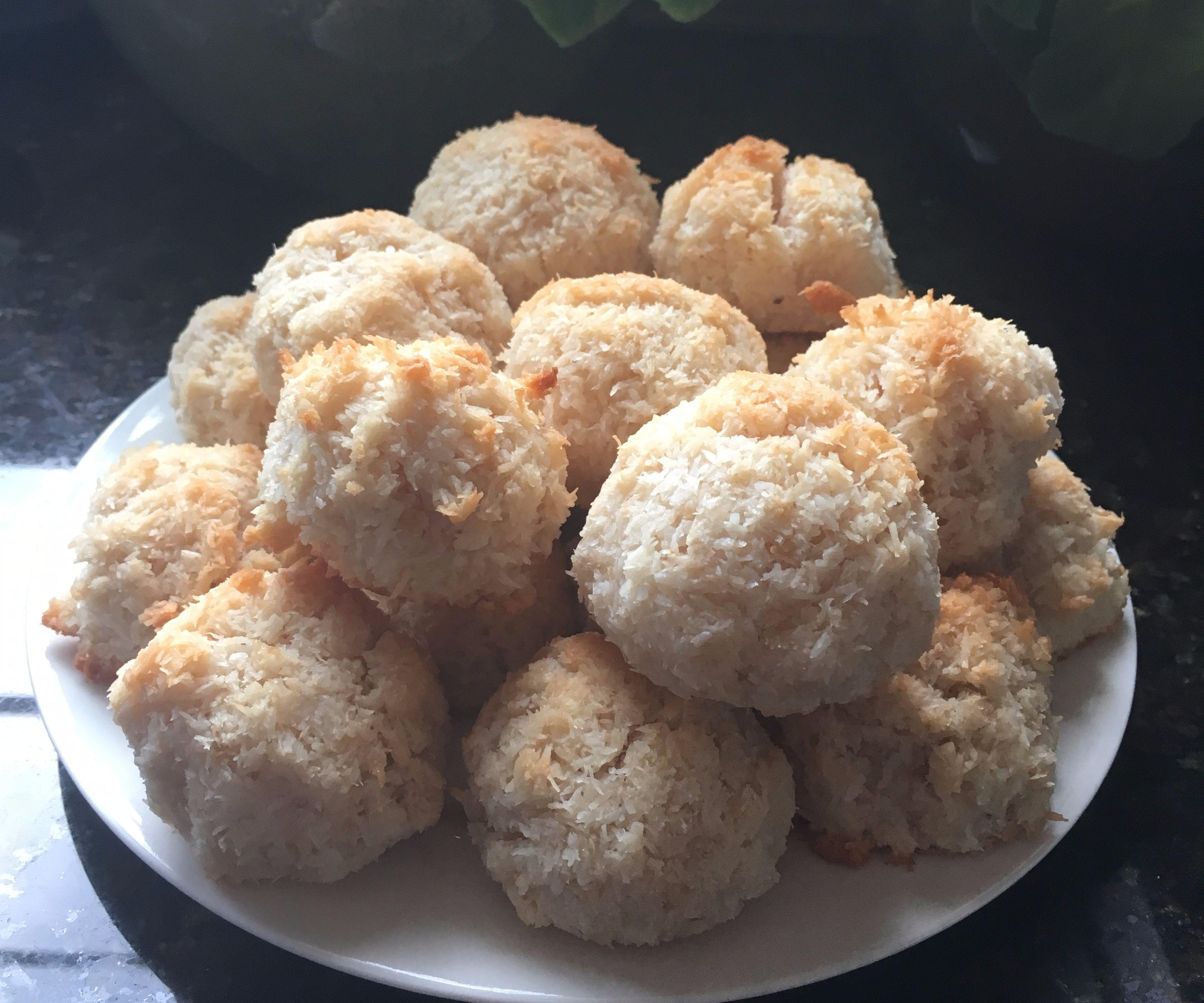 Delicious Coconut Macaroons