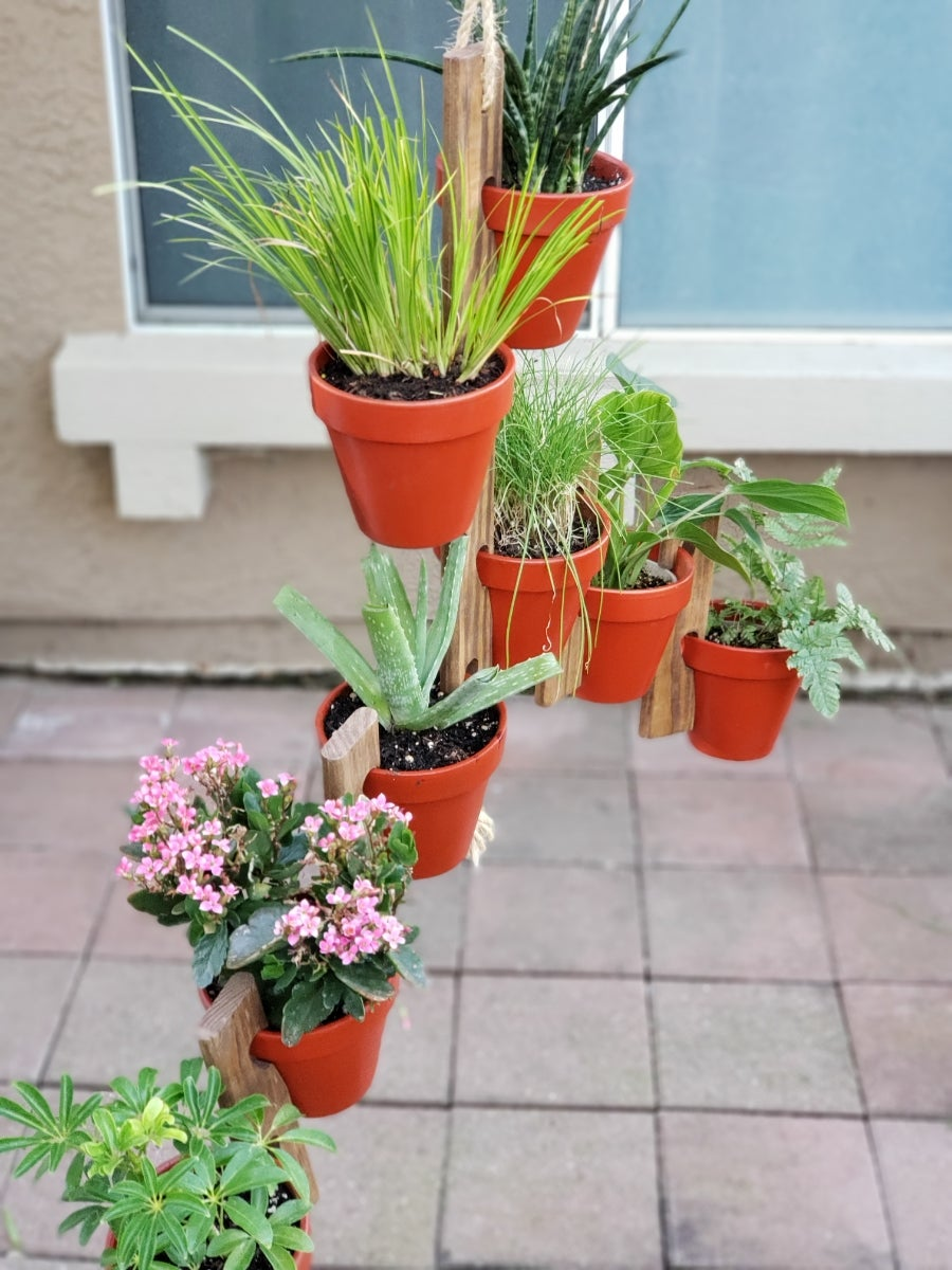 Limitless Garden Hanging Pottery